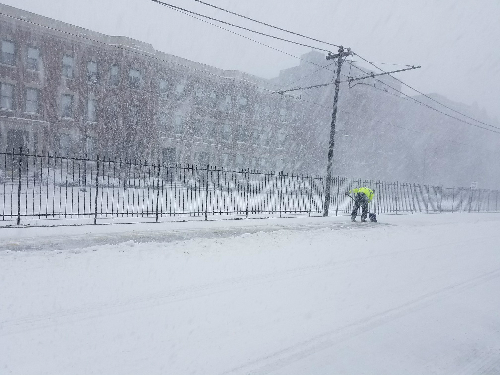 green-line-snow-clearing5.jpg